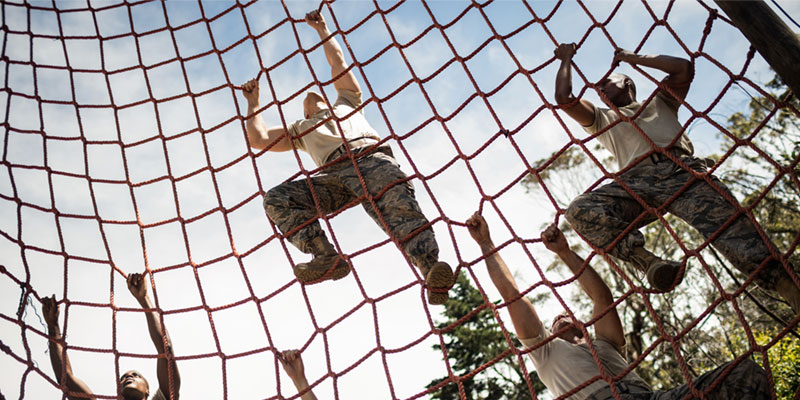soldier climbing rope ladder